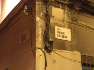 Tabliczki znazwami ulic wMaladze.